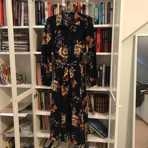 Never worn belted floral maxi dress